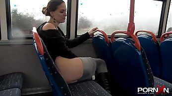 Babe pissing in the public park