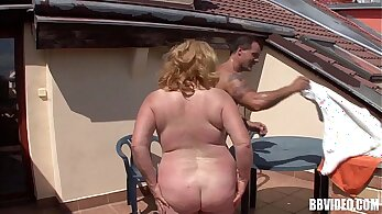 Chubby mature outdoor pussy sex