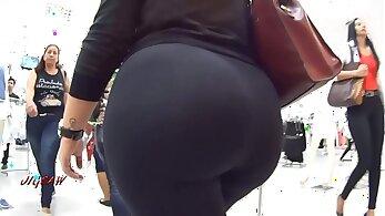 Big butt and fat tittied filipino