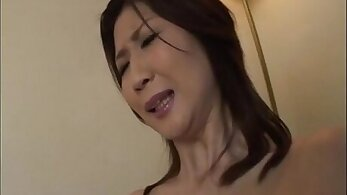 Amazing housewife seduces her hubby then makes him eat
