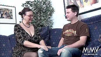 Chubby MILF scandal on the casting couch