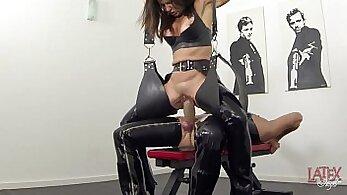 Anastasia Hira in latex Pretty Feet Squirt