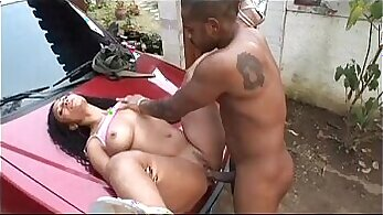 Black cocks sucked and drilled by lesbians