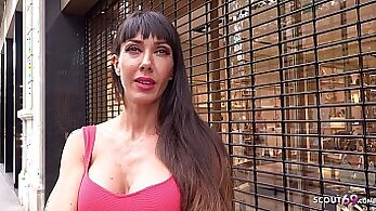 Busty milf cocksucks in casting for cash