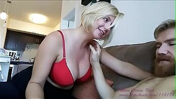 bubble butt blonde mom MILF getting fucked hard